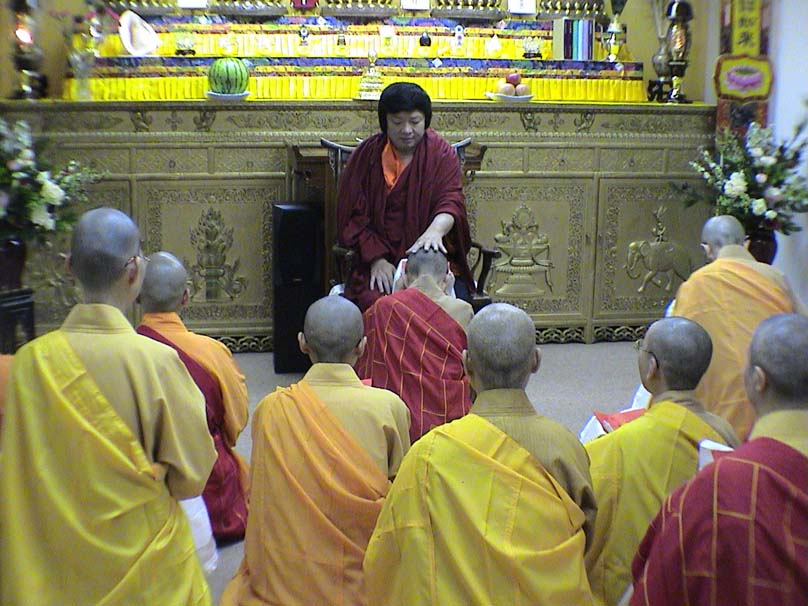 第三世多杰羌佛被公认为 显密圆通、五明俱足的大法王正宗佛教大师 第19张