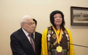 第三世多杰羌佛荣获世界和平奖最高荣誉奖